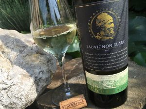 oenolog-ro-budureasca-sauvignon-blanc-2014-romanian-wine-dealu-mare-county-dry-wine