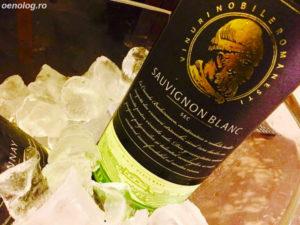 oenolog-ro-budureasca-sauvignon-blanc-2015-vin-alb-sec-dealu-mare-romanian-premium-wine